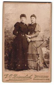 Fotografie G. O. Diepenbach, Düsseldorf, Portrait zwei junge Damen