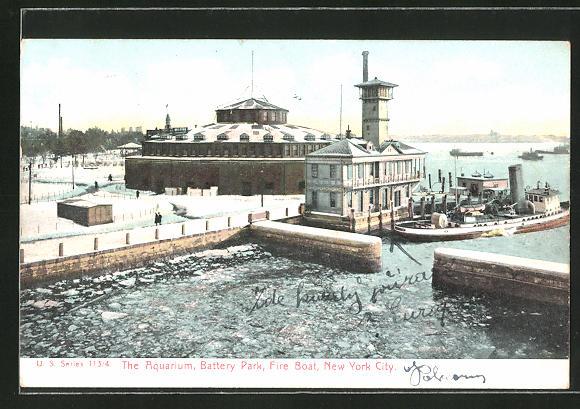 AK New York, NY, The Aquarium, Battery Park, Fire Boat