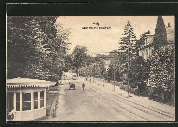 AK Velp, Arnhemsche straatweg, Strassenpartie mit Strassenbahn 0
