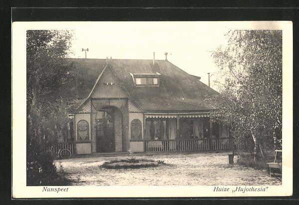 AK Nunspeet, Huize