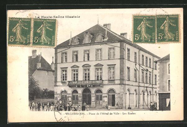 AK Villersexel, Place de l'Hotel de Ville - Les Ecoles