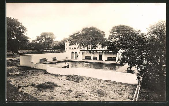 AK Victoria Falls, Victoria Falls Hotel, the swimming pool in the ground