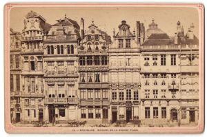 Fotografie Fotograf unbekannt, Ansicht Brüssel-Bruxelles, Maisons De La Grande Place, Ladengeschäfte