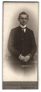Fotografie H. Wittrock, Hamburg-St. Pauli, Portrait junger bürgerlicher Herr