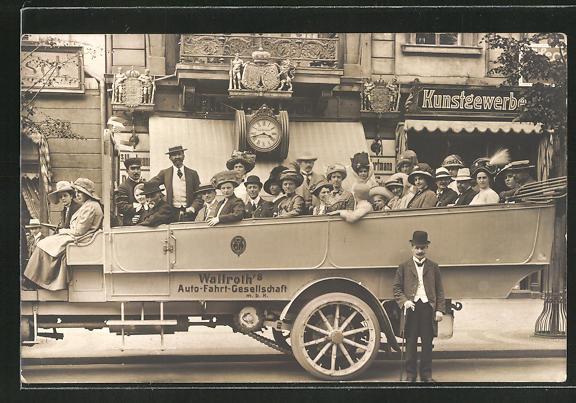 AK Passagiere in einem Bus von Wallroth's Auto-Fahrt-Gesellschaft 0