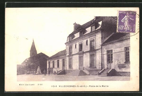 AK Villecresnes, Place de la Mairie 0