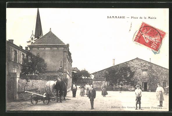 AK Dammarie, Place de la Mairie 0