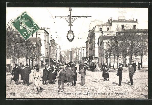 AK Versailles, Place du Marché et rue Duplessis 0