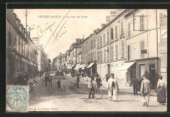 AK Choisy-le-Roi, La rue du Pont 0