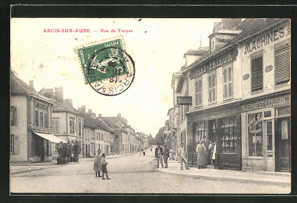 AK Arcis-sur-Aube, Rue de Troyes