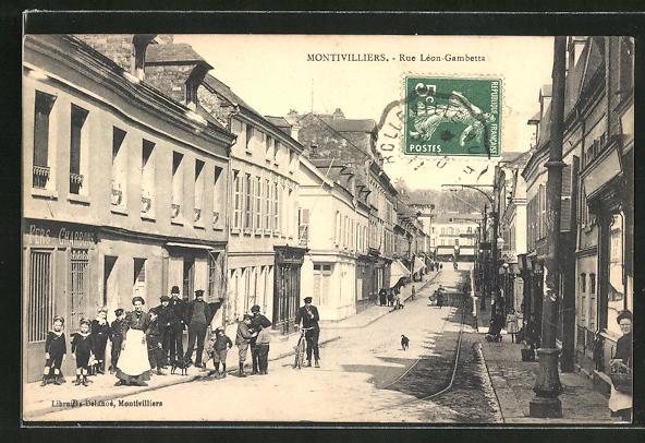 AK Montivilliers, Rue Léon-Gambetta 0