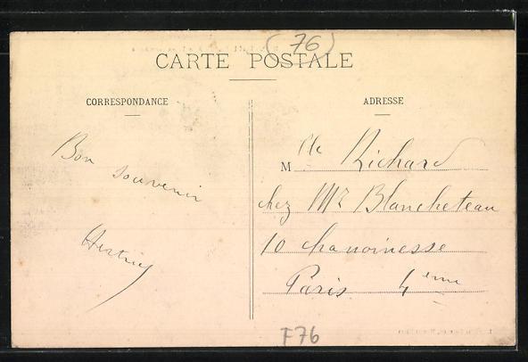 AK Montivilliers, Rue Léon-Gambetta 1