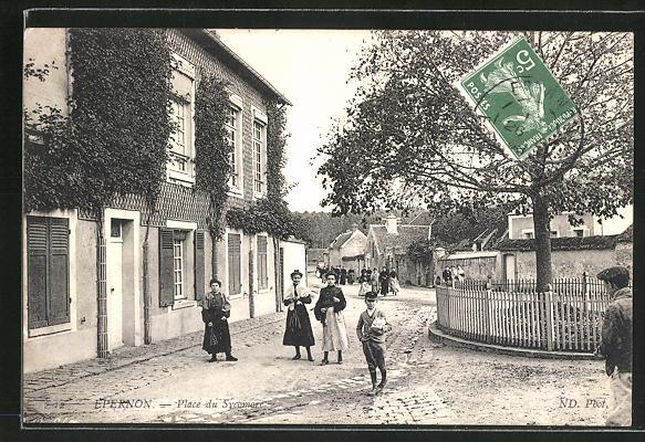 AK Epernon, Place du Sycomore