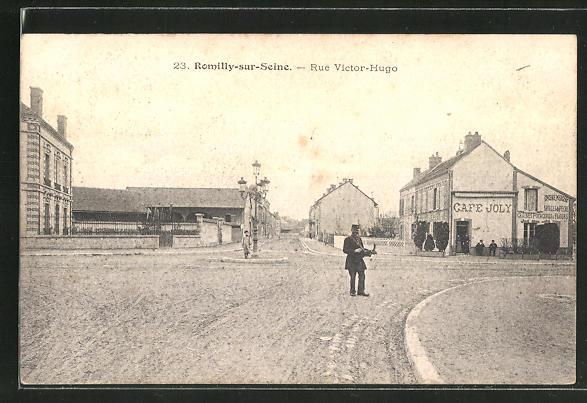 AK Romilly-sur-Seine, Rue Victor-Hugo