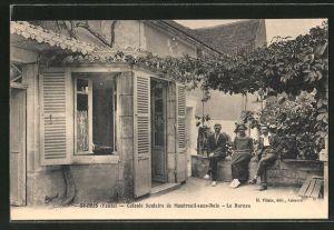 AK St-Bris, Colonie scolaire de Montreuil-sous-Bouis, Le Bureau