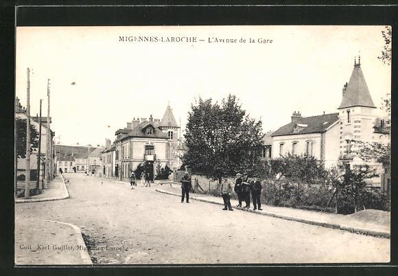 AK Migennes-Laroche, L'Avenue de la Gare 0