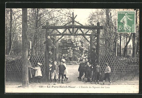 AK Le Parc-Saint-Maur, L'Entrée du Square des Lacs 0