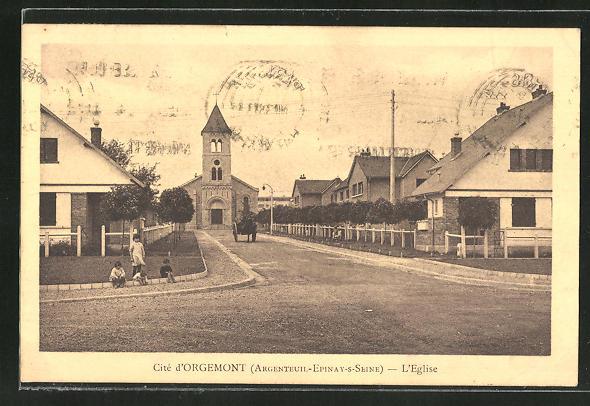 AK Épinay-sur-Seine, Cité d'Orgemont, L'Eglise 0