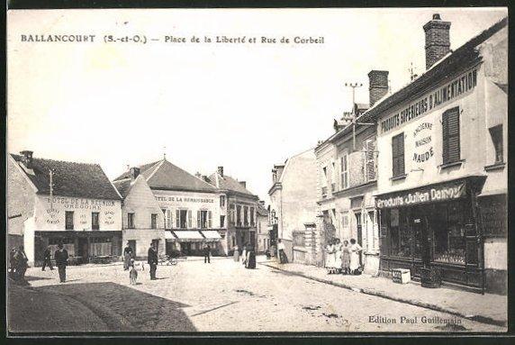 AK Ballancourt, Place de la Liberté et Rue de Corbeil 0