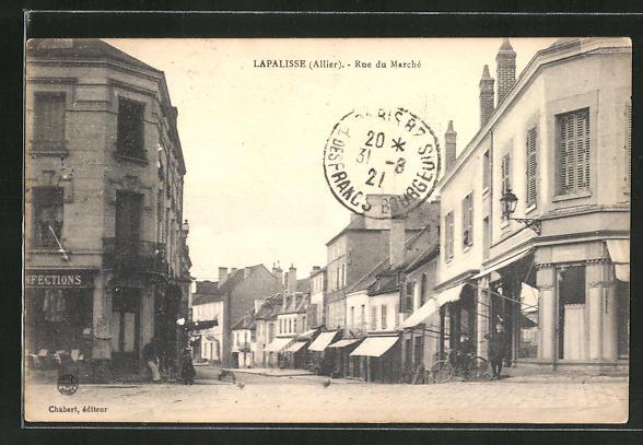 AK Lapalisse, Rue du Marché 0