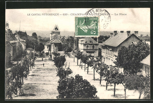 AK Champagnac-les-Mines, La Place 0