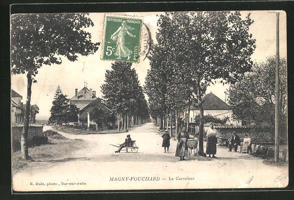 AK Magny-Fouchard, Le Carrefour 0