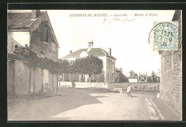 AK Guerville, Mairie et Ecole 0