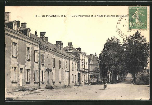 AK Ste-Maure, La Gendarmerie et la Route Nationale 0