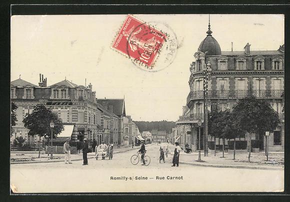 AK Romilly-s / Seine, Rue Carnot 0