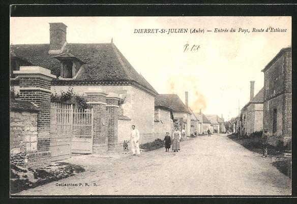 AK Dierrey-St-Julien / Aube., Entrée du Pays, Route d'Estissac 0