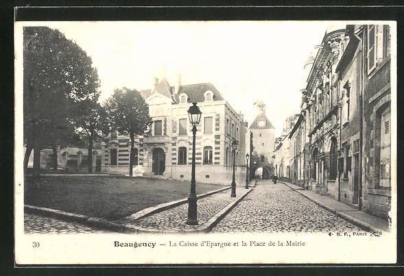 AK Beaugency, La Caisse d'Epargne et la Place de la Mairie 0