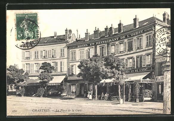 AK Chartres, La Place de la Gare, Hotel de l'Ouest 0