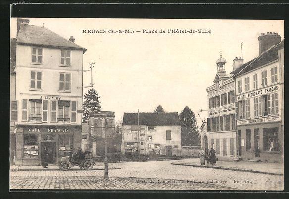 AK Rebais, Place de l'Hotel-de-Ville 0
