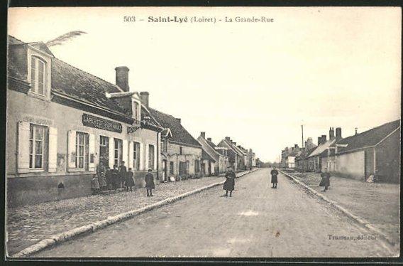 AK Saint-Lyé, La Grande-Rue, Strassenpartie 0