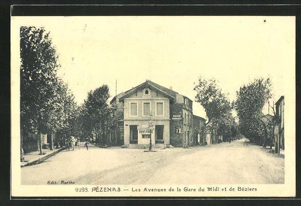 AK Pézenas, Les Avenues de la Gare du Midi et de Béziers 0