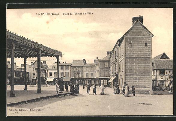 AK La Barre, Place de l'Hotel-de-Ville 0