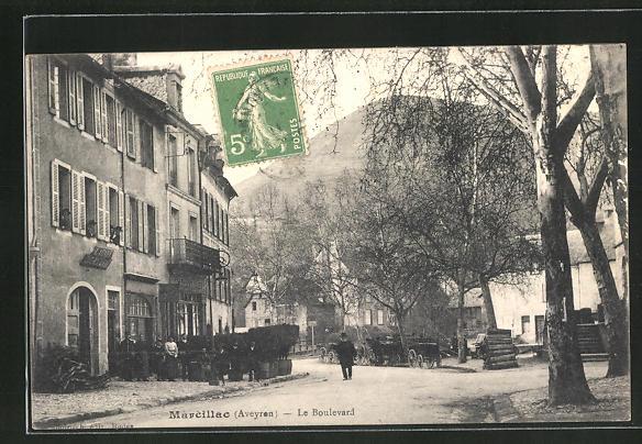 AK Marcillac, Le Boulevard, Strassenpartie im Ort 0