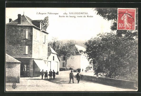 AK Villecomtal, Sortie du bourg, route de Rodez 0
