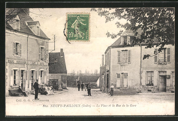 AK Neuvy-Pailloux, Cafe du Centre, La Place et la Rue de la Gare 0