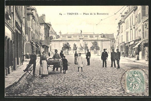 AK Troyes, Place de la Bonneterie
