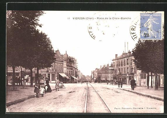 AK Vierzon, Place de la Croix-Blanche 0