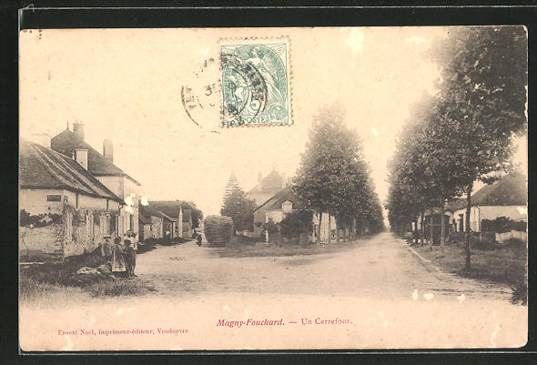 AK Magny-Fouchard, Un Carrefour, Strassenpartie im Ort