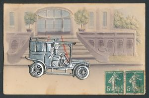 Präge-AK Auto aus Blech vor einem Gebäude