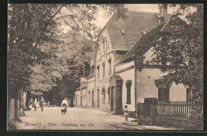AK Hainspitz i. Thür., Strassenpartie mit Blick auf das Gasthaus am See
