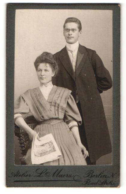 Fotografie L. Maerz, Berlin-N, Portrait junges bürgerliches Paar