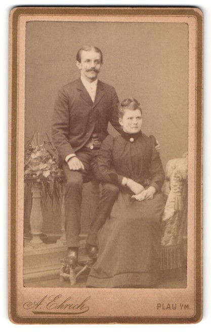 Fotografie A. Ehrich, Plau i/M, Portrait junges bürgerliches Paar