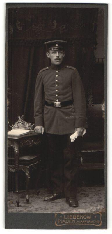 Fotografie Liebenow, Plauen, Portrait Soldat in Uniform