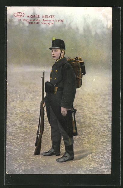 AK Armée Belge, 1er Régiment des chasseurs à pied, Tenue de campagne, Uniform