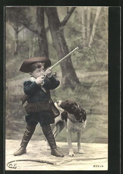 AK junger Jäger mit Gewehr und Jagdhund