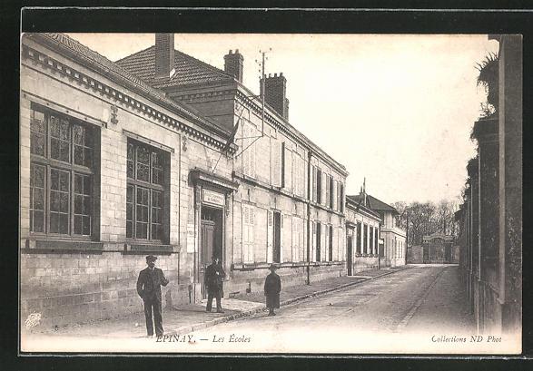 AK Epinay, Les Ecoles